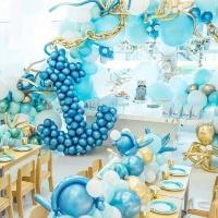Украшение шарами в морском стиле