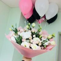 Что лучше, живые цветы или воздушные шары?